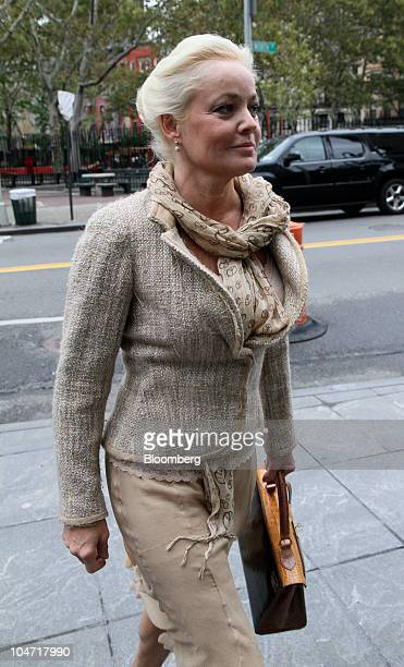 Danielle S Chiesi codefendant along with Galleon Group cofounder Raj Rajaratnam in the biggest hedgefund insidertrading case arrives for a hearing at...
