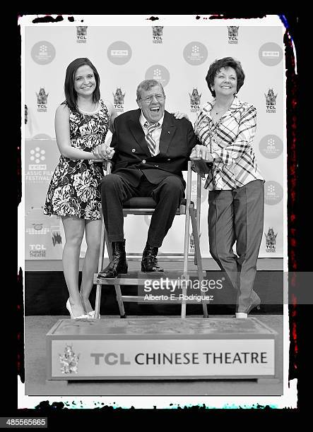 Danielle Sarah Lewis actor Jerry Lewis and SanDee Pitnick attend a ceremony immortalizing Jerry Lewis' hand and footprints in front of the Chinese...