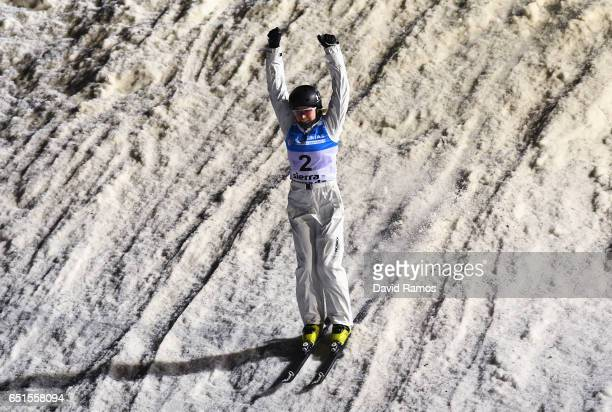 Danielle Scott of Australia celebrates during the Women's Aerials Final on day three of the FIS Freestyle Ski and Snowboard World Championships 2017...