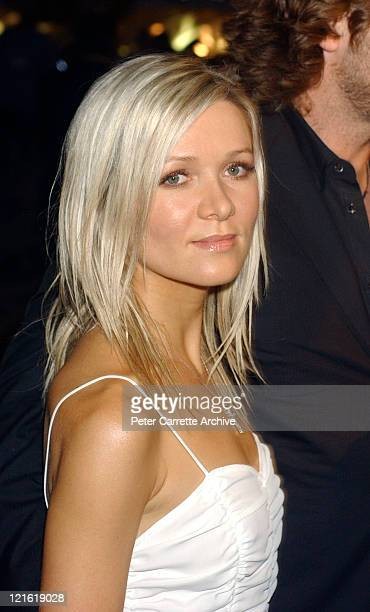 Danielle Spencer arrives for the premiere of the new film 'A Beautiful Mind' featuring Russell Crowe at Fox Studios on February 27 2002 in Sydney...