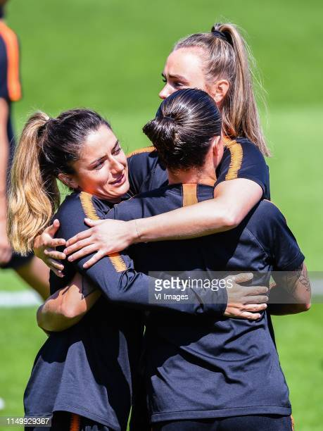 Danielle van de Donk of Netherlands women Sherida Spitse of Netherlands women Jill Roord of Netherlands women during a training session prior to the...