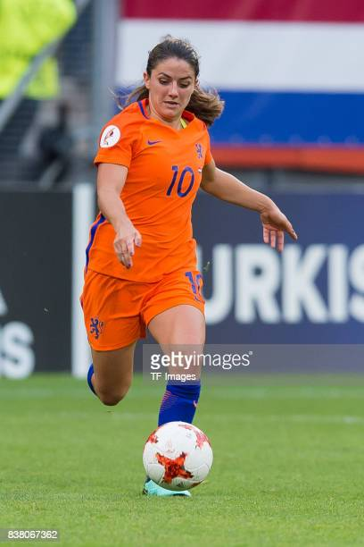 Danielle van de Donk of the Netherlands controls the ball during their Group A match between Netherlands and Norway during the UEFA Women's Euro 2017...