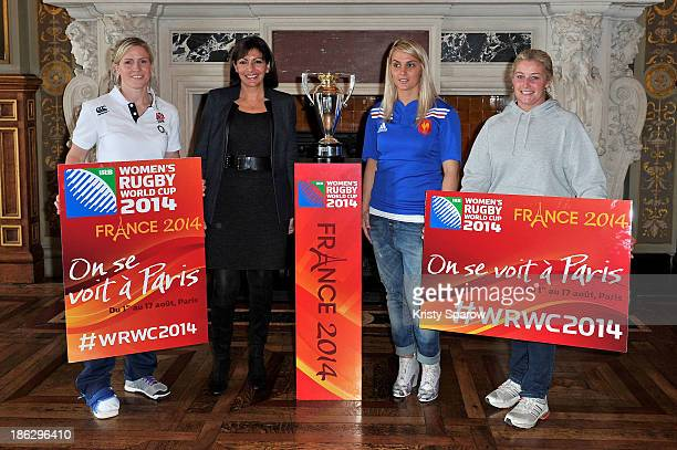 Danielle Waterman of England French politician Anne Hidalgo Marie Alice Yahe of France and referee Nicky Inwood pose at the Women's Rugby World Cup...