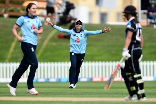 NZL: New Zealand v England - ODI Game 2