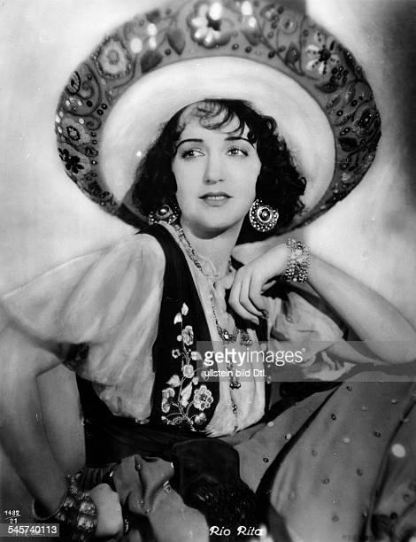 Daniels Bebe *Schauspielerin USAPortrait im Tonfilm Rio Rita in einem mexikanischenKostüm USA 1929