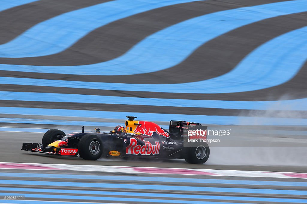 Daniil Kvyat of Russia and Red Bull Racing drives during wet weather tyre testing at Circuit Paul Ricard on January 26, 2016 in Le Castellet, France.