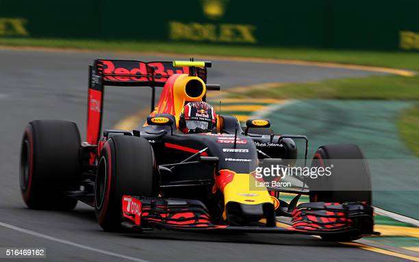 Daniil Kvyat of Russia drives the Red Bull Racing Red BullTAG Heuer RB12 TAG Heuer on track during qualifying for the Australian Formula One Grand...