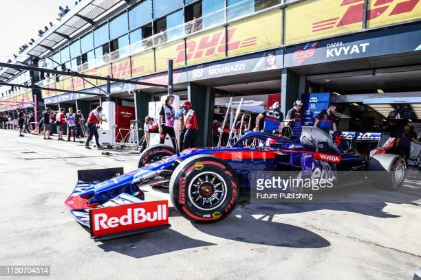 Daniil KVYAT of Team Scuderia Toro Rosso HONDA in the pitlane during 2nd practice on day 2 of the 2019 Formula 1 Australian Grand Prix