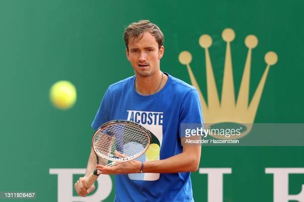 Daniil Sergejewitsch Medwedew of Russia plays a forehand during a training session on day 2 of the Rolex Monte-Carlo Masters at Monte-Carlo Country...
