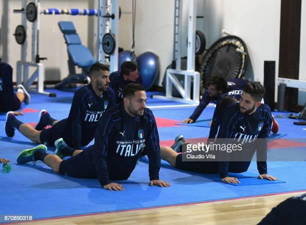 Danilo D'Ambrosio and Roberto Gagliardini of Italy chatduring a training session at Italy club's training ground at Coverciano on November 6 2017 in...