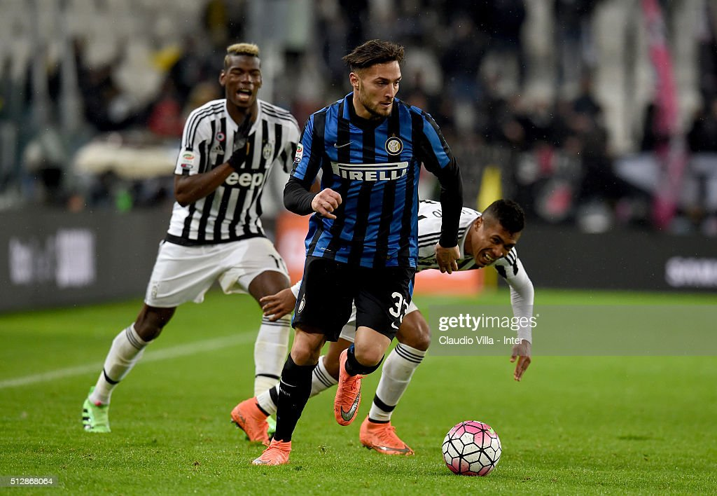 Danilo D'Ambrosio of FC Internazionale (C) in action during the Serie A match between Juventus FC and FC Internazionale Milano at Juventus Arena on February 28, 2016 in Turin, Italy.
