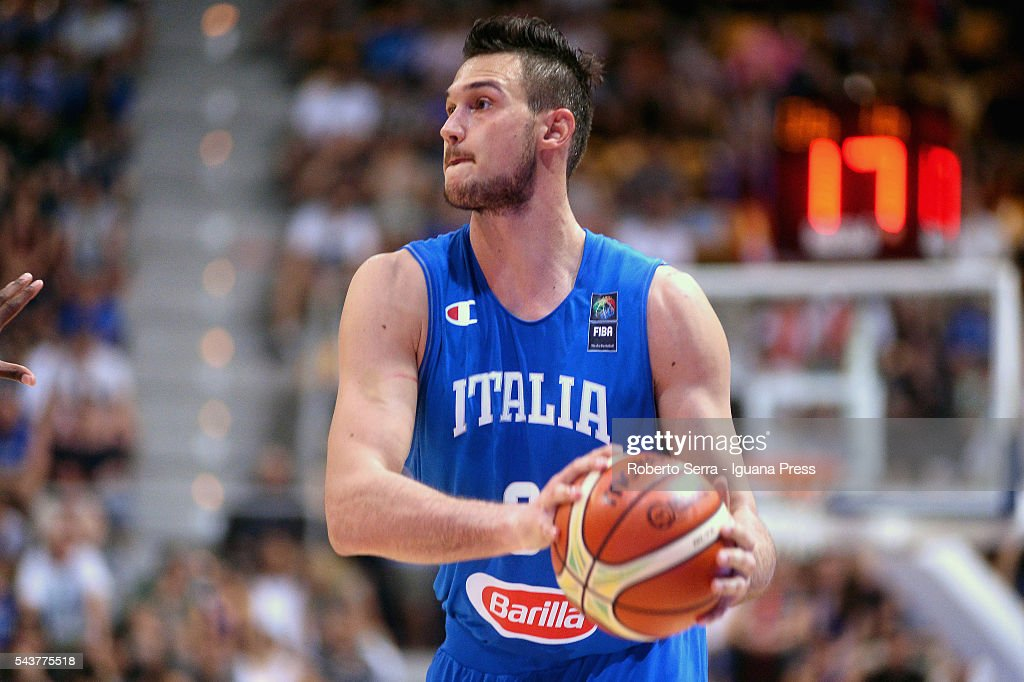 Italy v Canada - Imperial Basketball City Tournament : News Photo