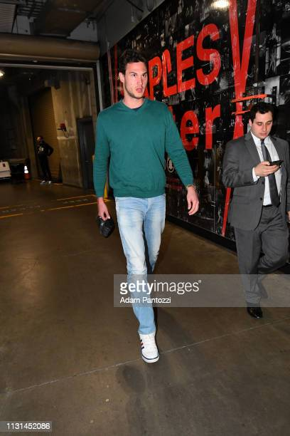 Danilo Gallinari of the LA Clippers arrives to the game against the Chicago Bulls on March 15 2019 at STAPLES Center in Los Angeles California NOTE...