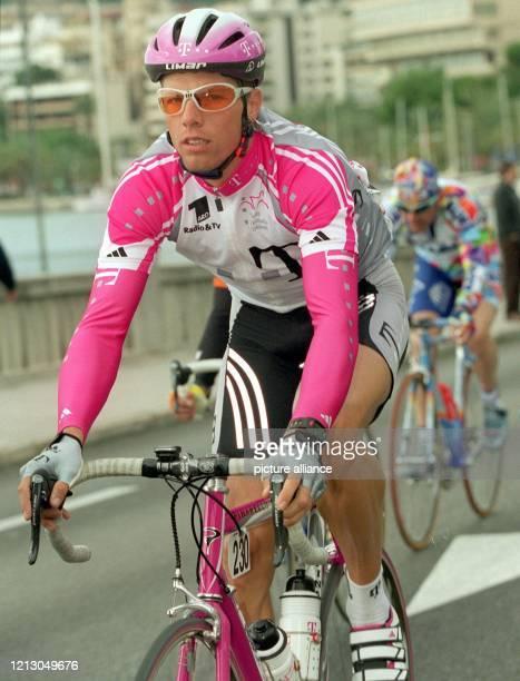 Danilo Hondo vom Team Deutsche Telekom bei der ersten Etappe der MallorcaRundfahrt aufgenommen am