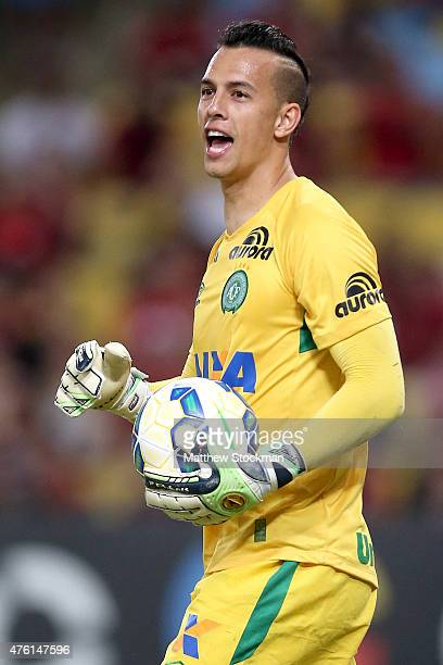 Danilo of Chapecoense shouts instructions to his team against Flamengo during their Brasileirao Series A 2015 match at Maracana Stadium on June 6...