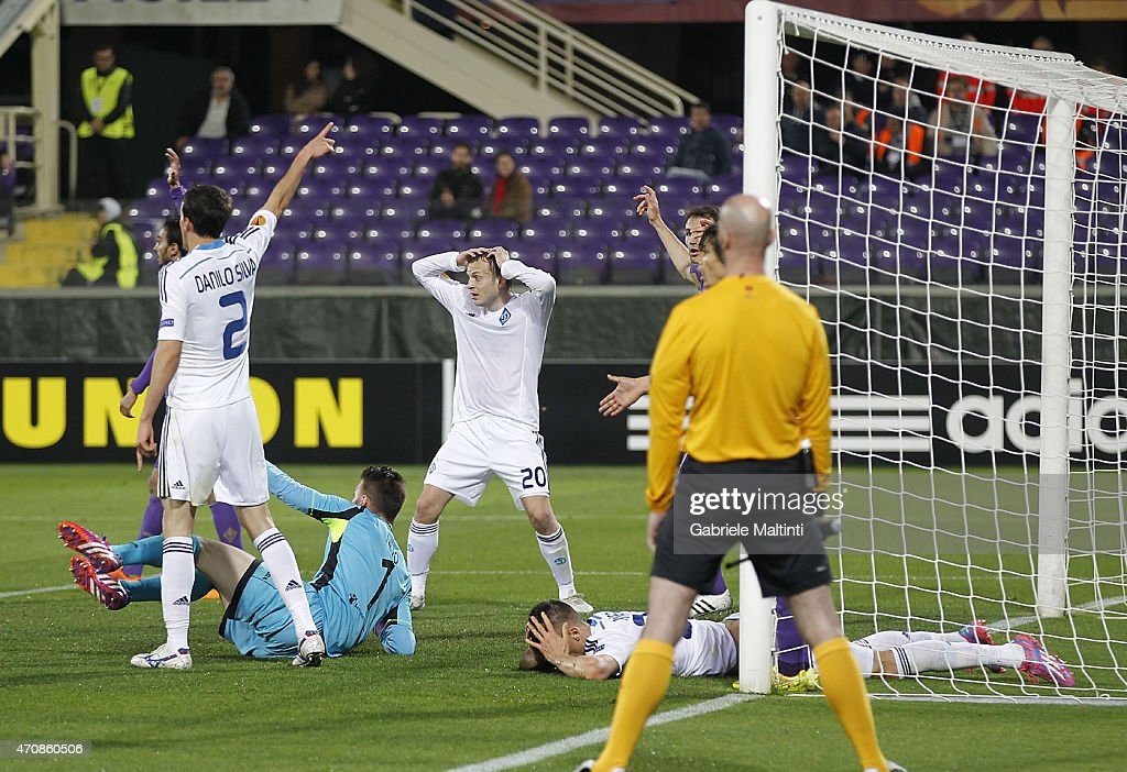 Danilo Silva (L) and Oleh Gusev of FC Dynamo Kyiv show their dejection during the UEFA Europa League Quarter Final match between ACF Fiorentina and FC Dynamo Kyiv on April 23, 2015 in Florence, Italy.