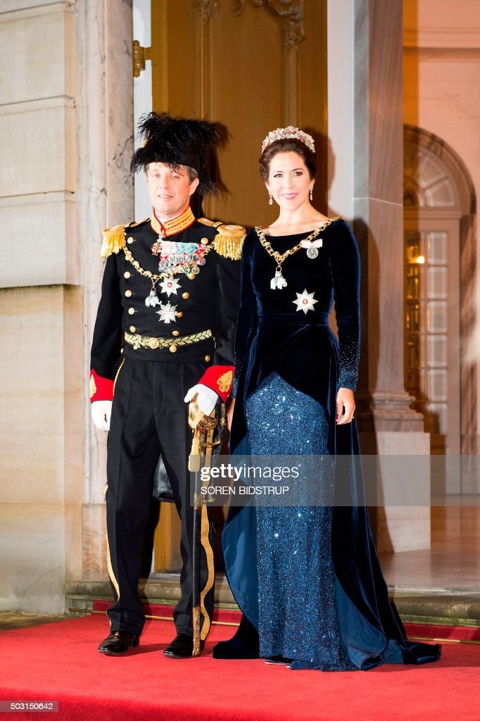 Danish Crown Prince Frederik and Crown Princess Mary arrive to the New Year's reception at the royal palace Amalienborg in Copenhagen January 1, 2016. / AFP PHOTO / SCANPIX DENMARK / Soeren Bidstrup / Denmark OUT