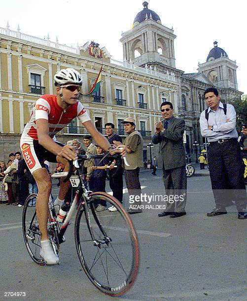 Danish cyclist Thomas Pedersen passes in front of the El Quemado presidential palace during the third stage of the IXth DoubleCopacabana Cycling Race...
