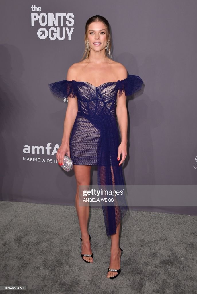 US-FASHION-ENTERTAINMENT-AMFAR-GALA : News Photo