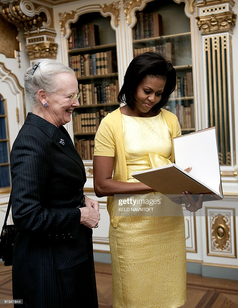 Danish Queen Margrethe (L) and US First : News Photo