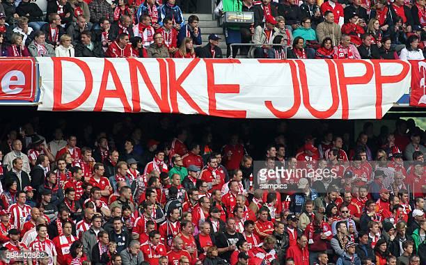 Danke Jupp Fans 1 Bundesliga Fussball FC Bayern München FC Augsburg Deutscher Fussball Meister 2013 Feierlickeiten Saison 2012 / 2013