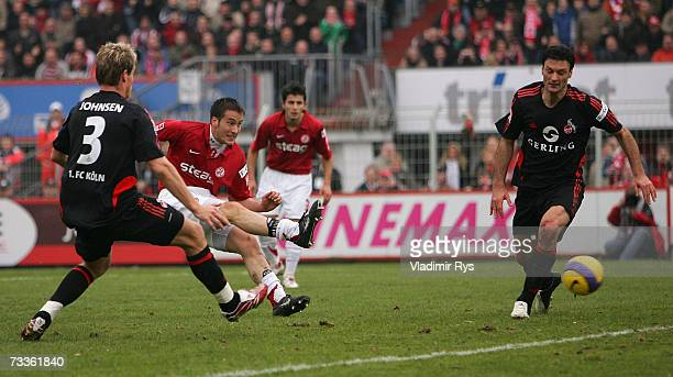 Danko Boskovic scores the second goal of Essen during the Second Bundesliga match between Rot Weiss Essen and 1FC Cologne at the GeorgMelches stadium...