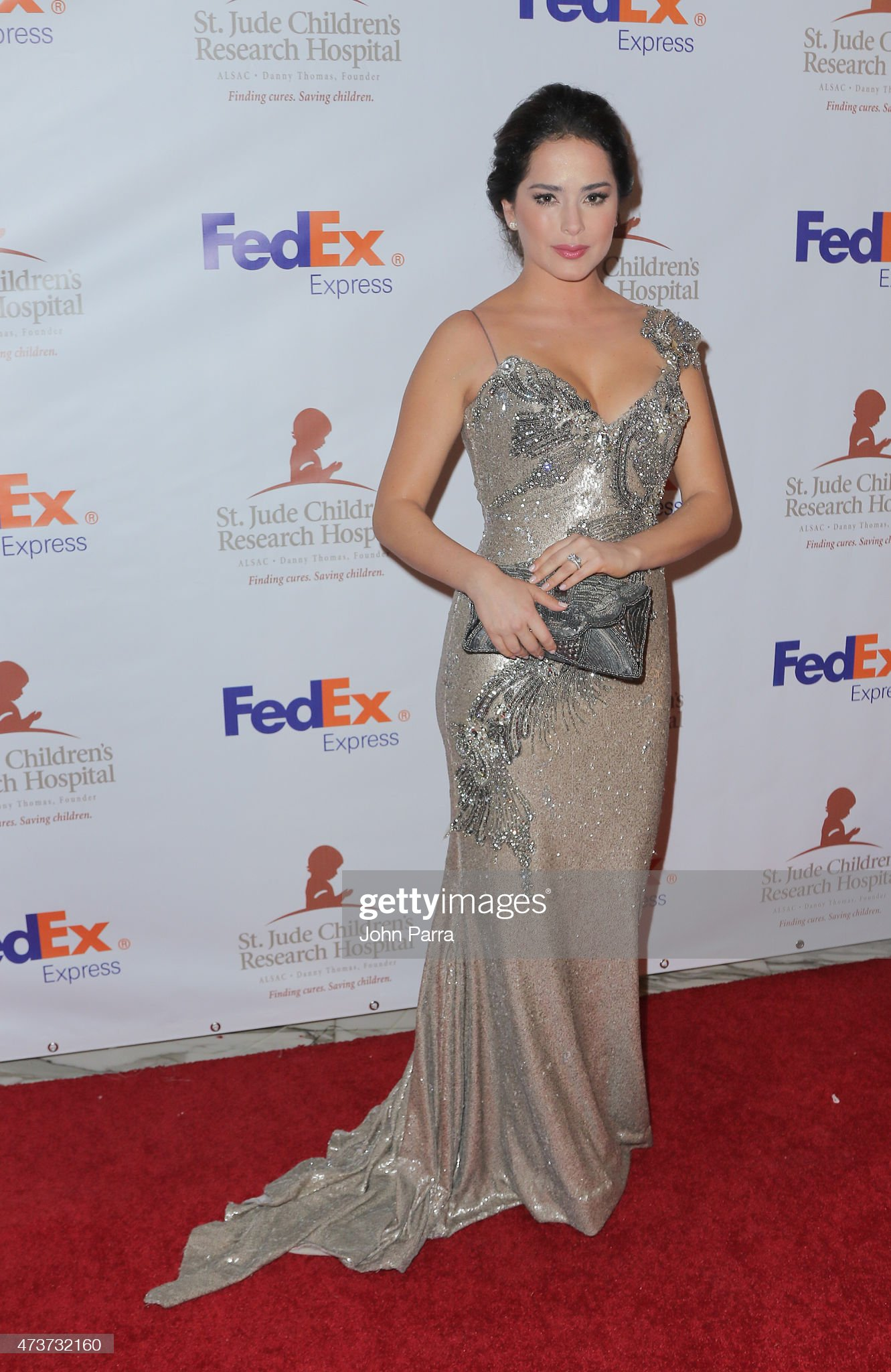 ¿Cuánto mide Danna García? - Altura - Real height Danna-garcia-attends-the-13th-annual-fedexst-jude-angels-and-stars-picture-id473732160?s=2048x2048