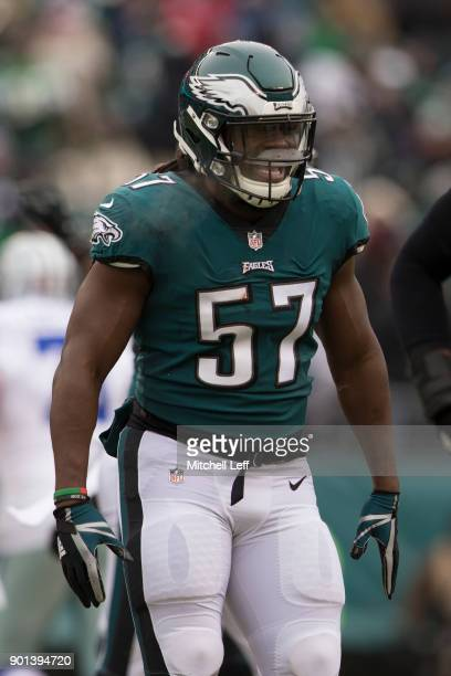 Dannell Ellerbe of the Philadelphia Eagles reacts against the Dallas Cowboys at Lincoln Financial Field on December 31 2017 in Philadelphia...