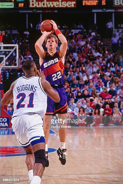 Danny Ainge of the Phoenix Suns shoots against the Sacramento Kings circa 1993 at Arco Arena in Sacramento California NOTE TO USER User expressly...