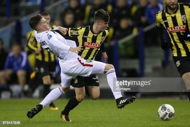 Danny Bakker of ADO Den Haag Mason Mount of Vitesse during the Dutch Eredivisie match between Vitesse Arnhem and ADO Den Haag at Gelredome on...