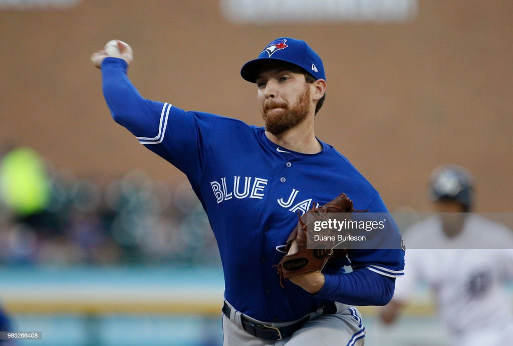 Danny Barnes #24 of the Toronto Blue Jays pitches against the Detroit Tigers at Comerica Park on June 1, 2018 in Detroit, Michigan.