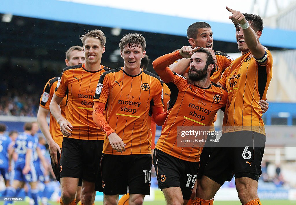 Danny Batth of Wolverhampton Wanderers celebrates after scoring a goal to make it 1-2 during the Sky Bet Championship fixture between Birmingham City and Wolverhampton Wanderers at St Andrews (stadium) on August 20, 2016 in Birmingham, England.