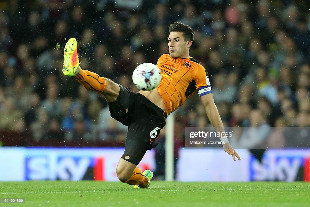 Danny Batth of Wolverhampton Wanderers in action during the Sky Bet Championship match between Aston Villa and Wolverhampton Wanderers on October 15, 2016 in Birmingham, England.