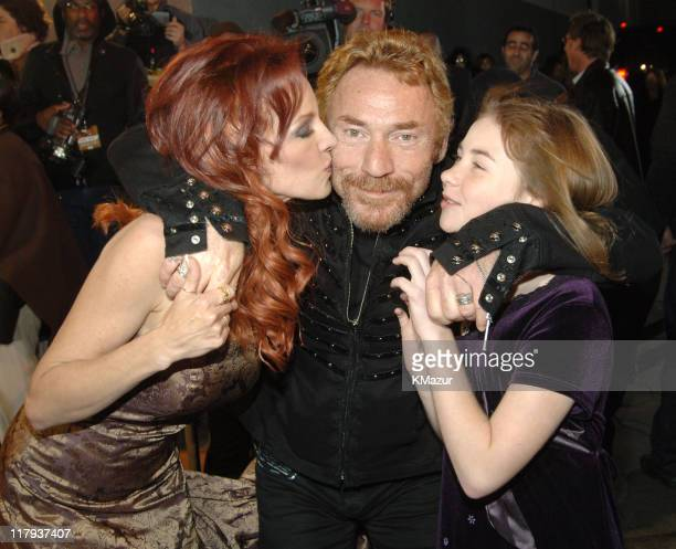 Danny Bonaduce with wife Gretchen and daughter Isabella
