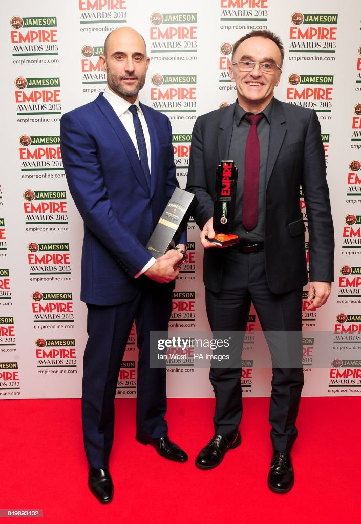 danny-boyle-wins-the-outstanding-contribution-award-and-actor-mark-picture-id849893402?k=6&m=849893402&s=612x612&w=0&h=gAVsu46ucCePrkoDZNwH11DMowXY9koGnuKNHdSIoDA=