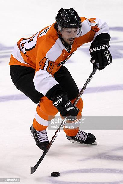 Danny Briere of the Philadelphia Flyers handles the puck against the Chicago Blackhawks in Game Four of the 2010 NHL Stanley Cup Final at Wachovia...