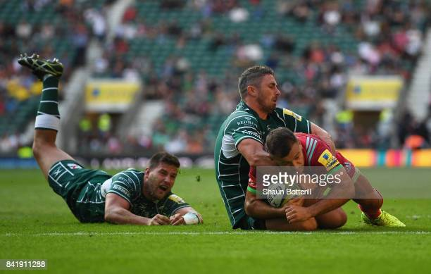 Danny Care of Harlequins scores their third try during the Aviva Premiership match between London Irish and Harlequins at Twickenham Stadium on...