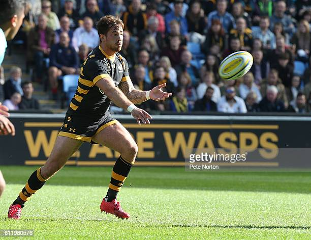 Danny Cipriani of Wasps in action during the Aviva Premiership match between Wasps and Harlequins at The Ricoh Arena on October 2 2016 in Coventry...