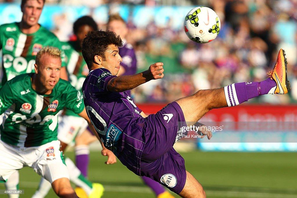 A-League Rd 4 - Perth v Newcastle