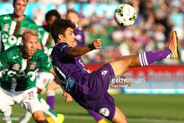 Danny de Silva of the Glory scissor kicks on goal during the round four ALeague match between Perth Glory and the Newcastle Jets at nib Stadium on...