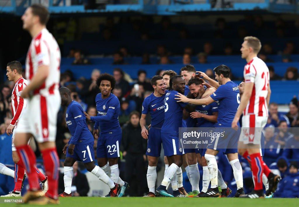 Chelsea v Stoke City - Premier League : Nachrichtenfoto