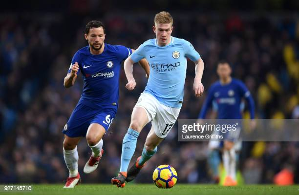 Danny Drinkwater of Chelsea chases down Kevin De Bruyne of Manchester City during the Premier League match between Manchester City and Chelsea at...