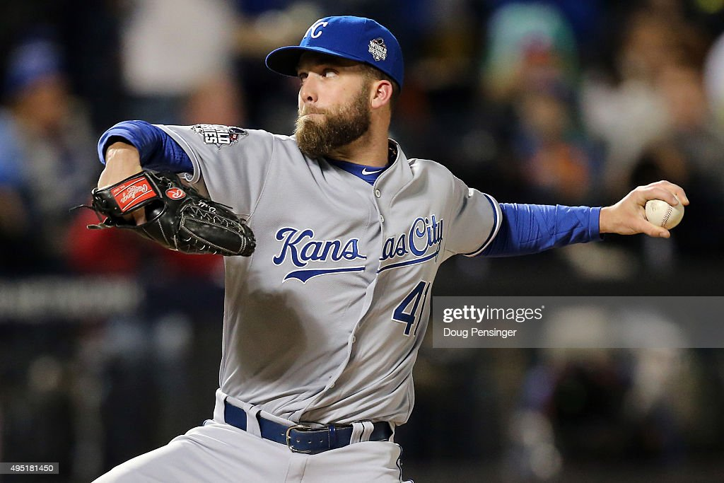 World Series - Kansas City Royals v New York Mets - Game Four : News Photo