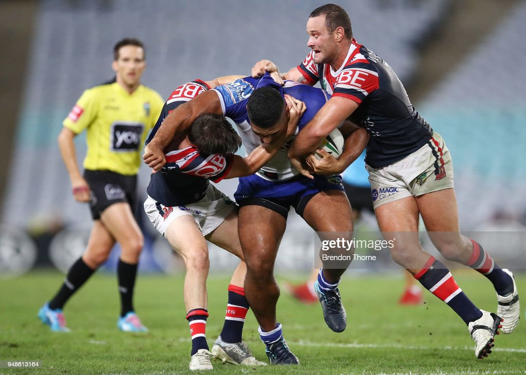 NRL Rd 7 - Bulldogs v Roosters : News Photo