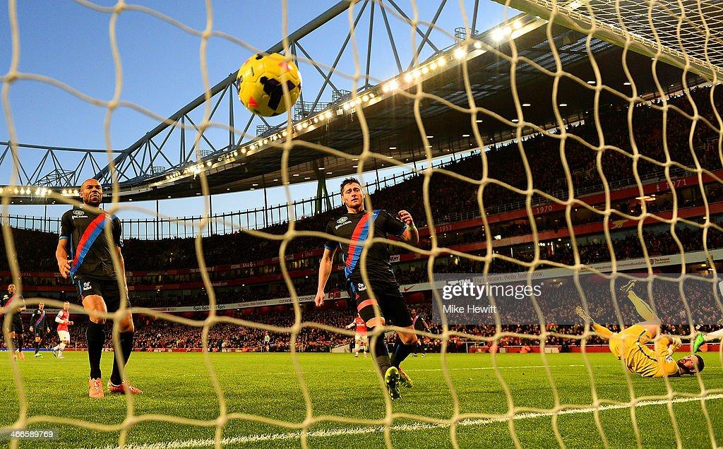 Arsenal v Crystal Palace - Premier League