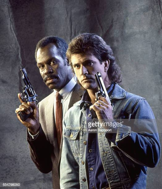 Danny Glover and Mel Gibson in publicity shot for Lethal Weapon