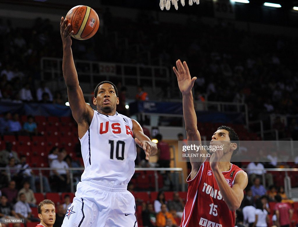 Danny Granger (L) of the USA goes for the basket as Salah Mejri of Tunisia tries to block him during their match at the FIBA World Basketball Championship on September 2, 2010 in Istanbul at the Abdi Ipekci Arena.