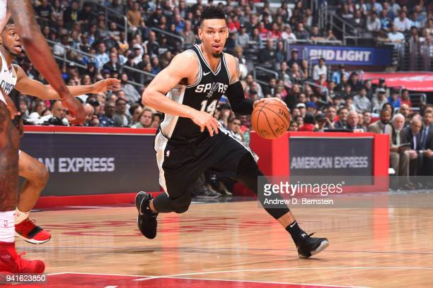 Danny Green of the San Antonio Spurs handles the ball against the LA Clippers on April 3 2018 at STAPLES Center in Los Angeles California NOTE TO...