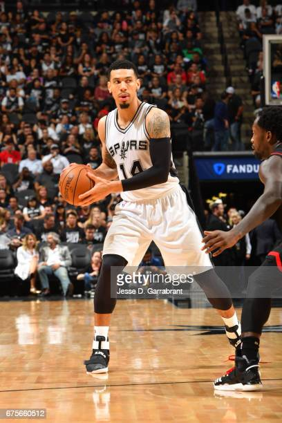 Danny Green of the San Antonio Spurs handles the ball against the Houston Rockets during Game One of the Western Conference Semifinals of the 2017...