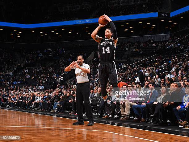 Danny Green of the San Antonio Spurs shoots the ball against the Brooklyn Nets on January 11 2015 at Barclays Center in Brooklyn New York NOTE TO...